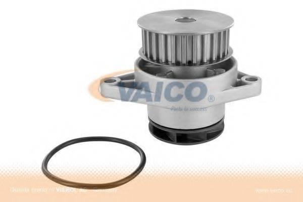 VAICO V10500561 Водяной насос