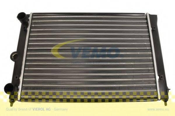 VEMO V15605011 Радиатор охлаждения двигателя
