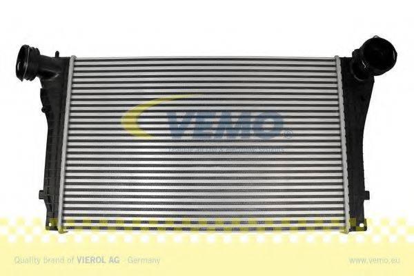 VEMO V15606032 Интеркулер