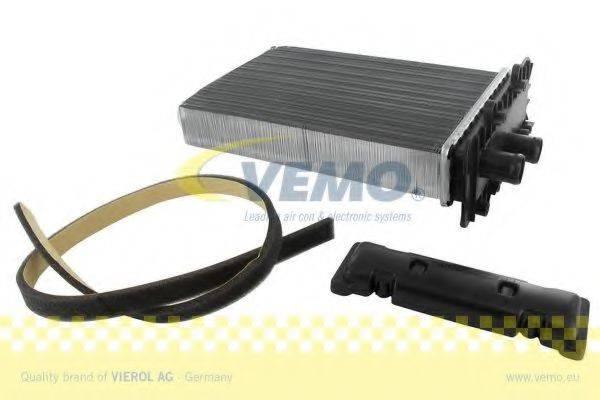 VEMO V15610007 Радиатор печки